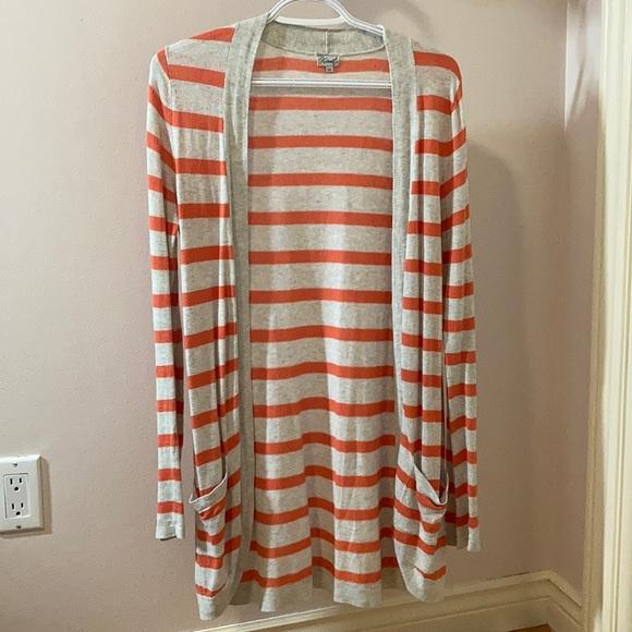 🌻2/$18🌻 Orange and light grey cardigan